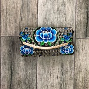 Handbags - Embroidered Floral Clutch